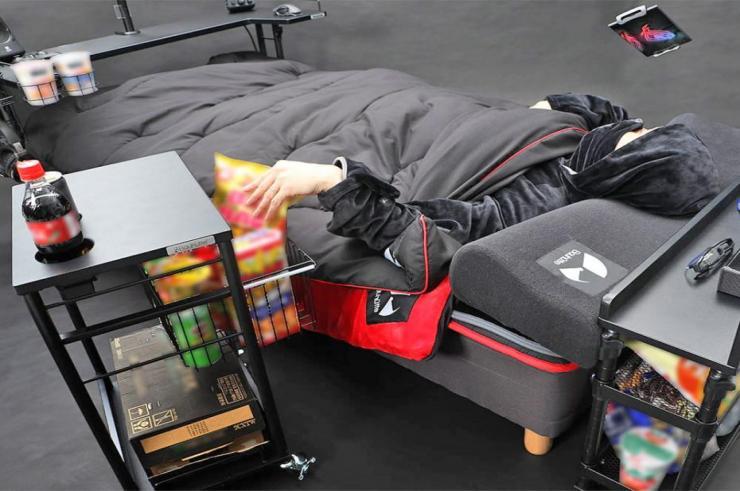 Gamingowy fotel to już przeszłość. Zobaczcie łóżko dla gracza